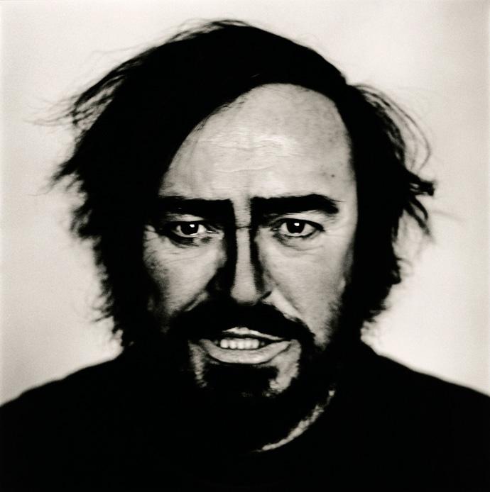Luciano Pavarotti, Turin 1996 | © Anton Corbijn