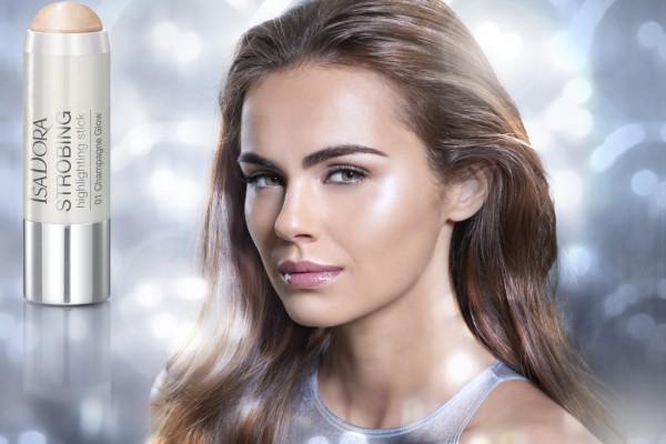 IsaDora-Strobing-Face-Glow-6