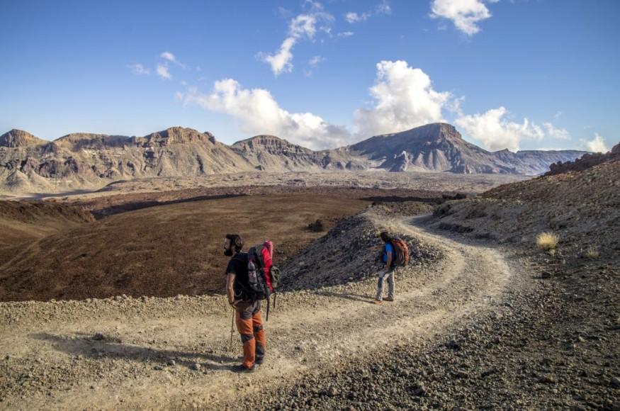 Teneriffa_deporte_senderismo_ 7. Montaña Blanca-Pico del Teide_parque nacional_volcanes__NDR4215