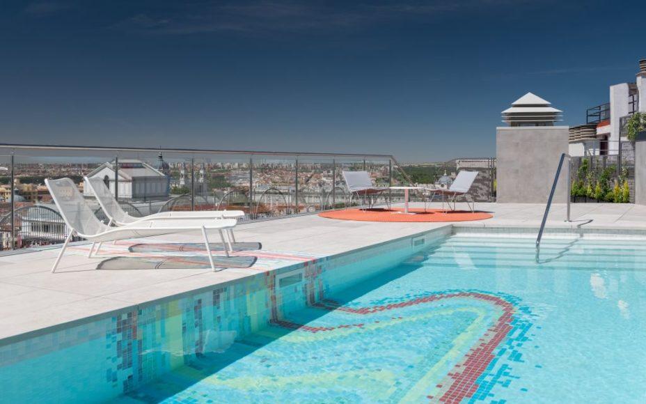 Aloft Madrid Gran Vía_Splash Refreshing Pool_Copyright Marriott Internat...